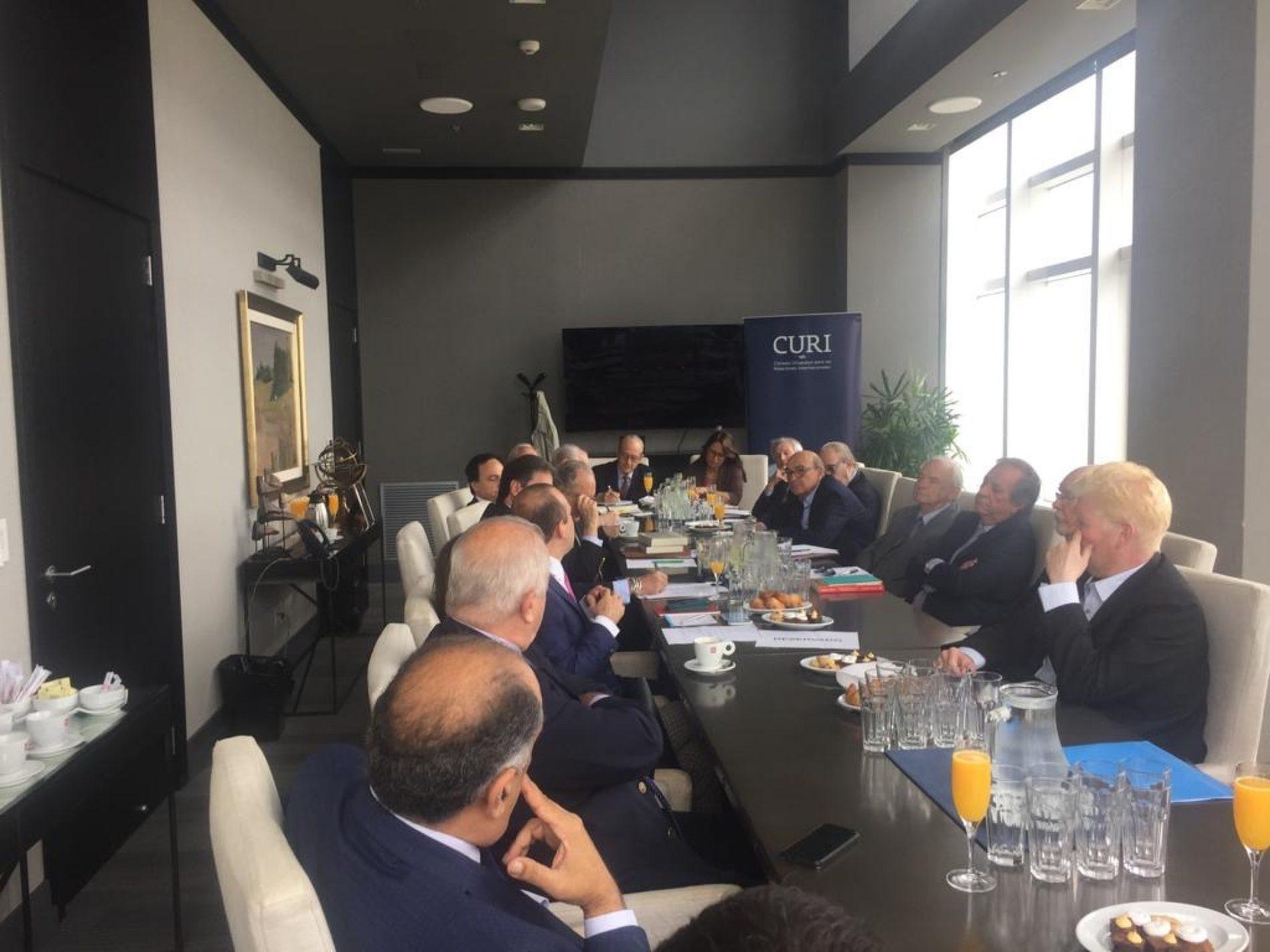 Mesa redonda con académicos colombianos en el marco del bicentenario de la independencia de Colombia