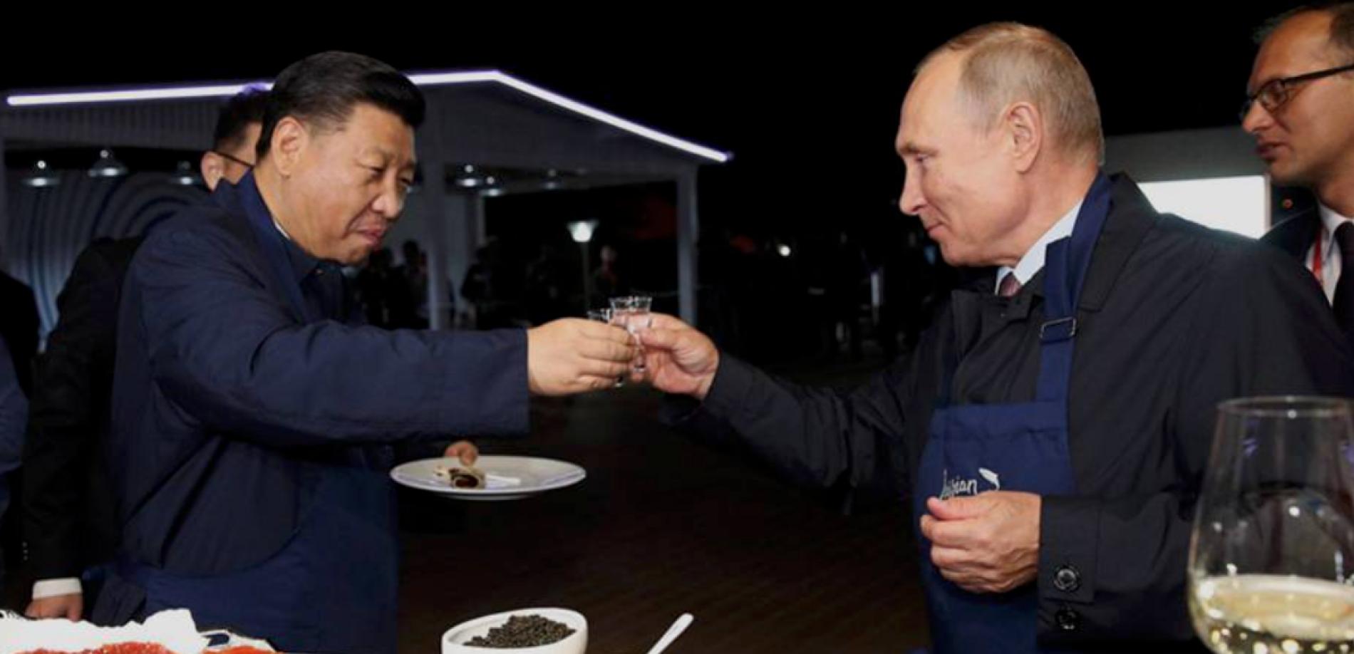 EL PAIS – China amenaza a EE UU con represalias por las sanciones a la compra de armamento ruso