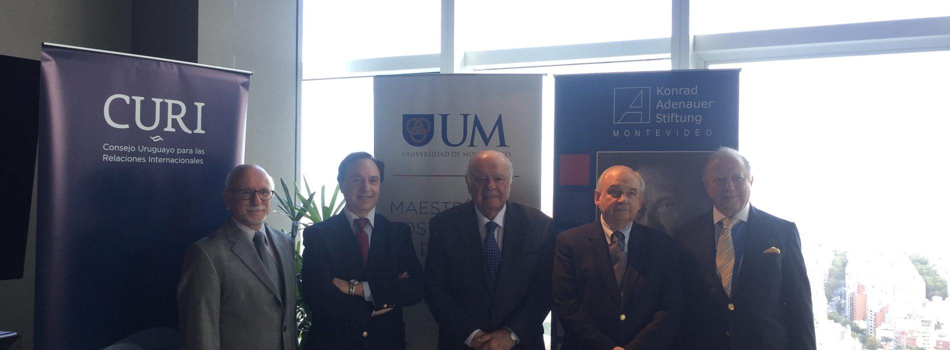 """Mesa redonda: """"En defensa del multilateralismo"""""""
