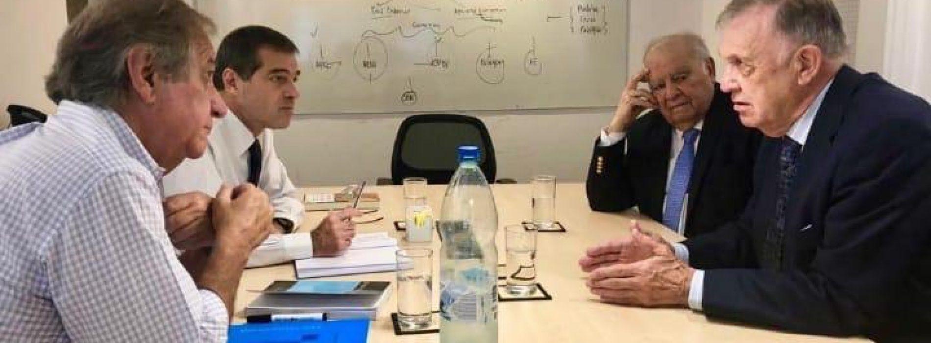 Reunión entre ex Cancilleres de la República y el Canciller designado,                 Ec. Ernesto Talvi